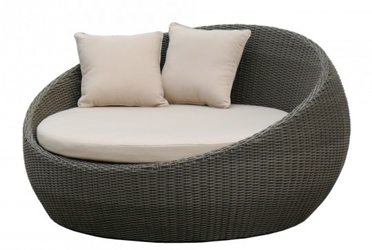 Daybeds & Sun Lounges